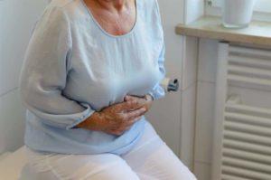Недержание мочи у бабушки