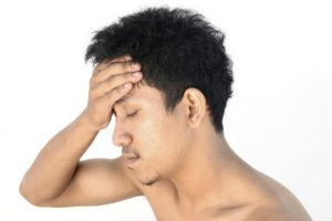 Болит голова почки