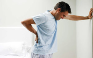Боль в спине и боль при мочеиспускании