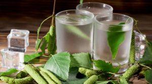 Березовый сок при мочекаменной болезни