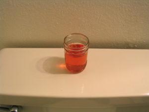 Может ли свекла окрасить мочу в розовый цвет