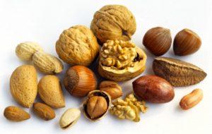 Орехи при пиелонефрите